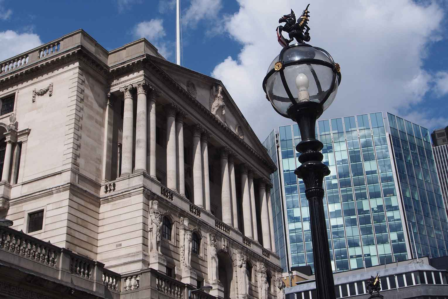 MPC split but keeps Bank Rate at 0.25%