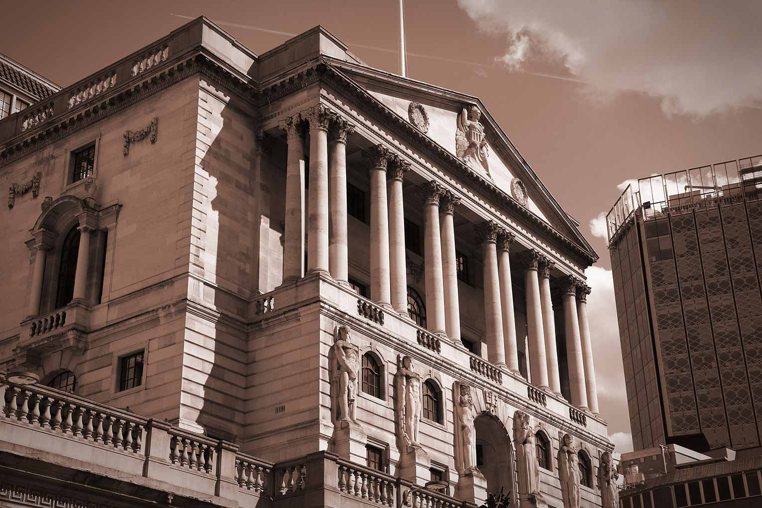 Bank of England looking to raise interest rates amid Brexit risk